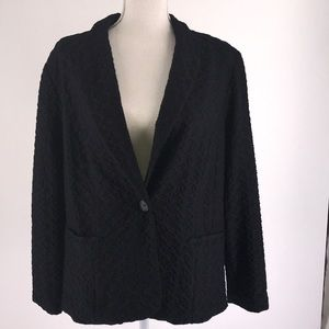 Chico's Black Long Sleeved Patterned Knit Jacket